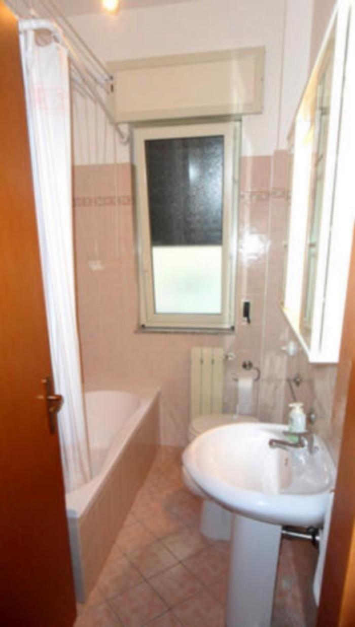 Appartamento in affitto tutto l anno centro di capo d - Documenti per ristrutturazione bagno ...