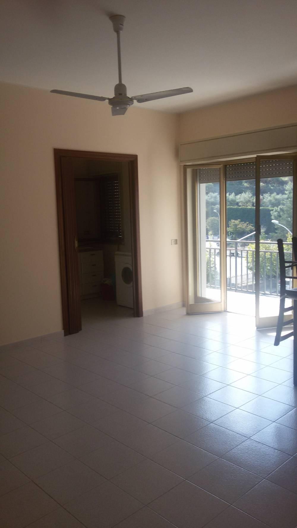 Soggiorno - Casa n vendita a Capo d'Orlando CD15VF