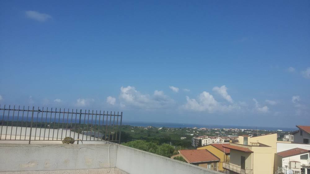 Vista panoramica su mare e città - Casa n vendita a Capo d'Orlando CD15VF