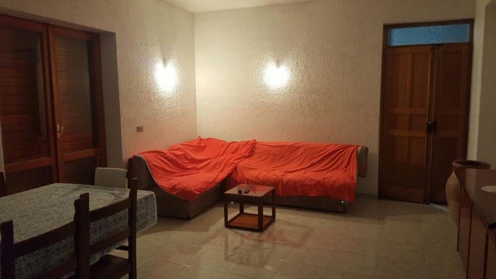 Camera ingresso-pranzo della casa singola in vendita a Capri Leone (Sicilia)
