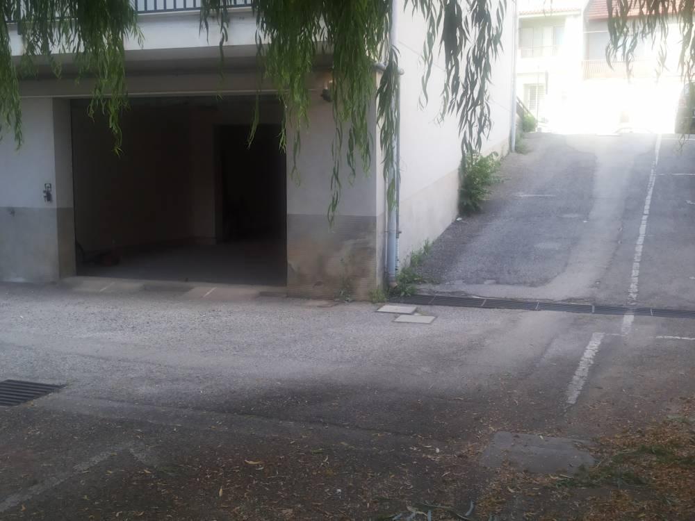 Ingresso garage - Casa n vendita a Capo d'Orlando CD15VF