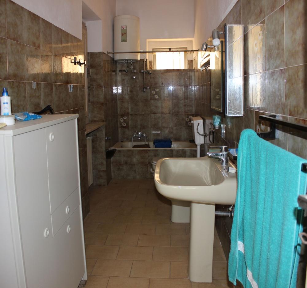 Bagno mini appartamento in vendita a Rocca di Capri Leone - Sicilia