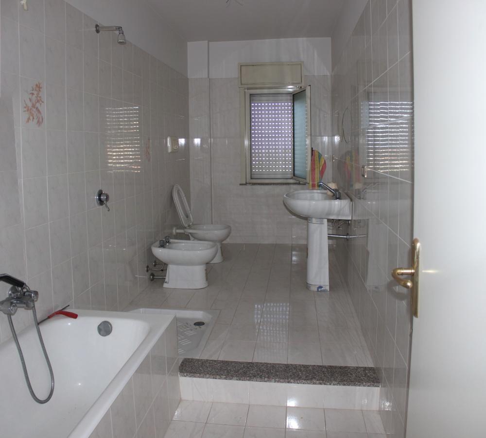 Bagno appartamento in vendita a Capo d'Orlando - Piscittina
