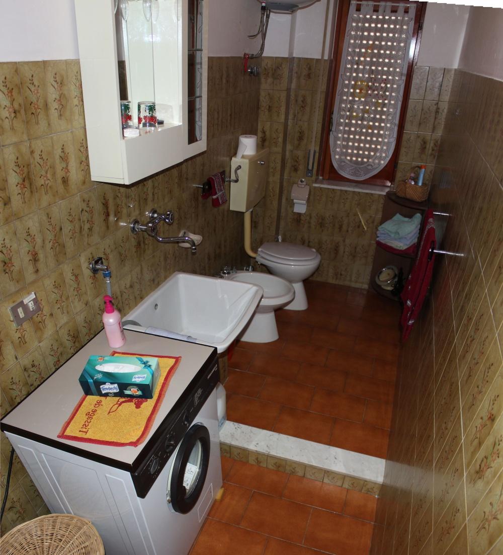 Bagno casa in vendita a Rocca di Capri Leone zona Via Industriale