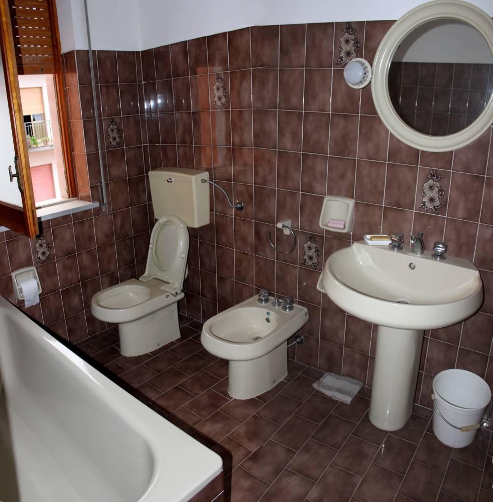 Bagno casa in vendita a Rocca di Capri Leone