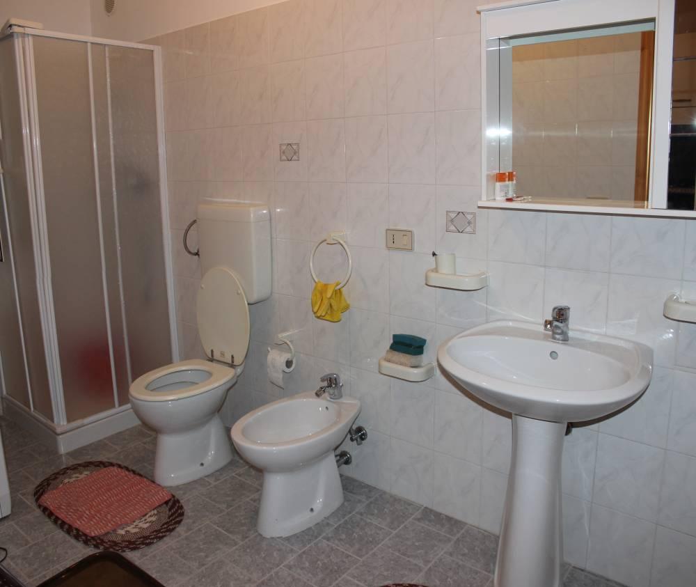 Bagno n. 2 della villa in vendita nel Comune di Mirto