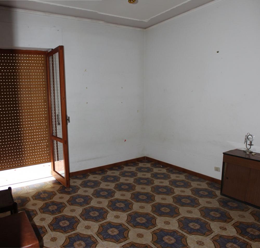 Camera casa in vendita a Rocca di Capri Leone di fronte Irritec