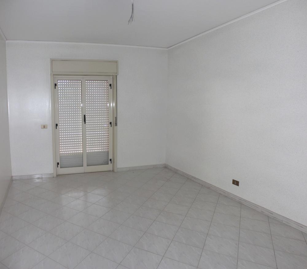 Camera appartamento in vendita a Capo d'Orlando - Piscittina