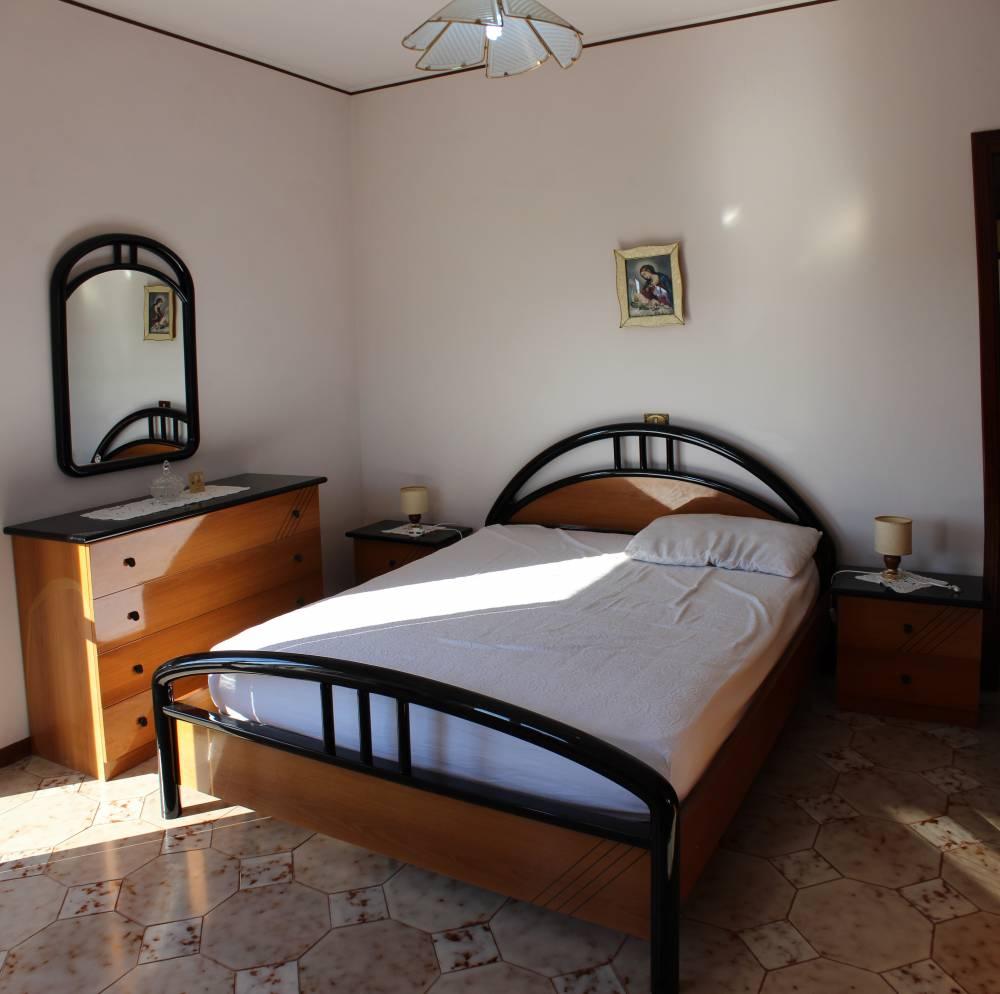 Camera da letto matrimoniale n. 1