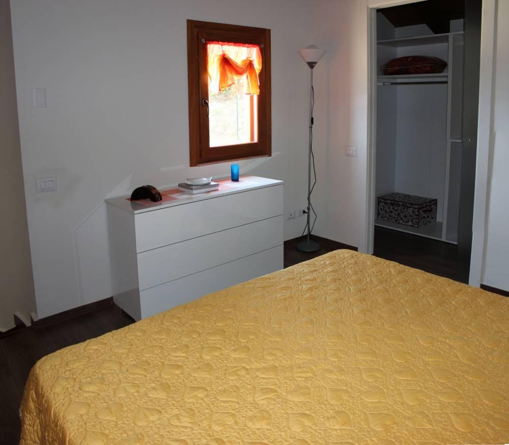 Foto 2 della camera da letto matrimoniale