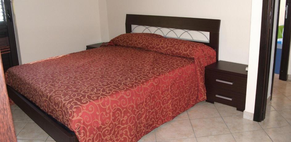 Camera da letto matrimoniale - casa vacanza in vendita a Capo d'Orlando CD09VF