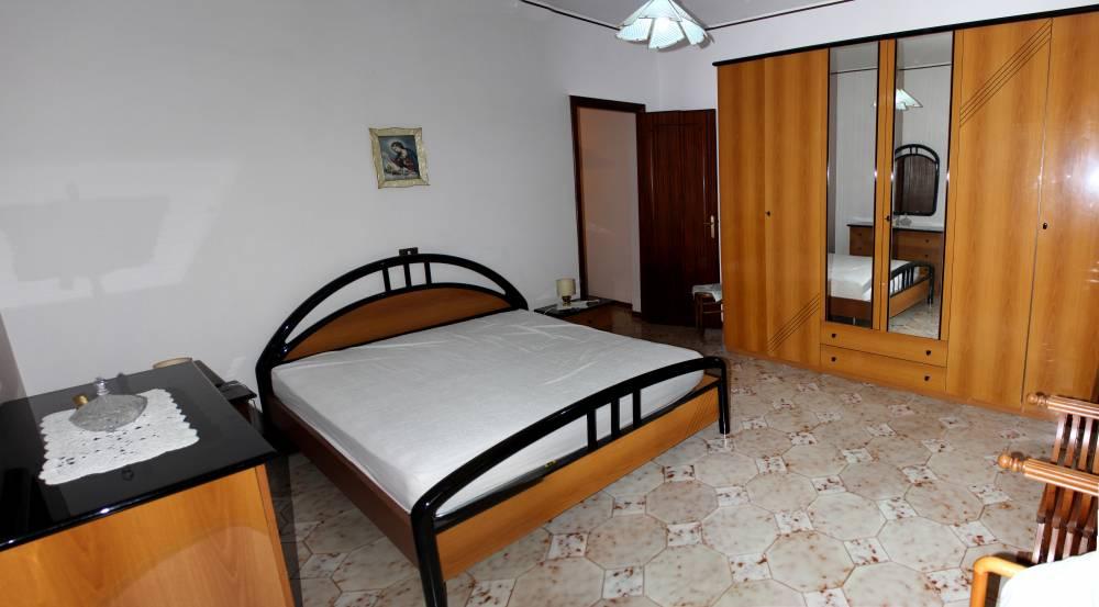 Foto n. 2 della camera da letto n. 1