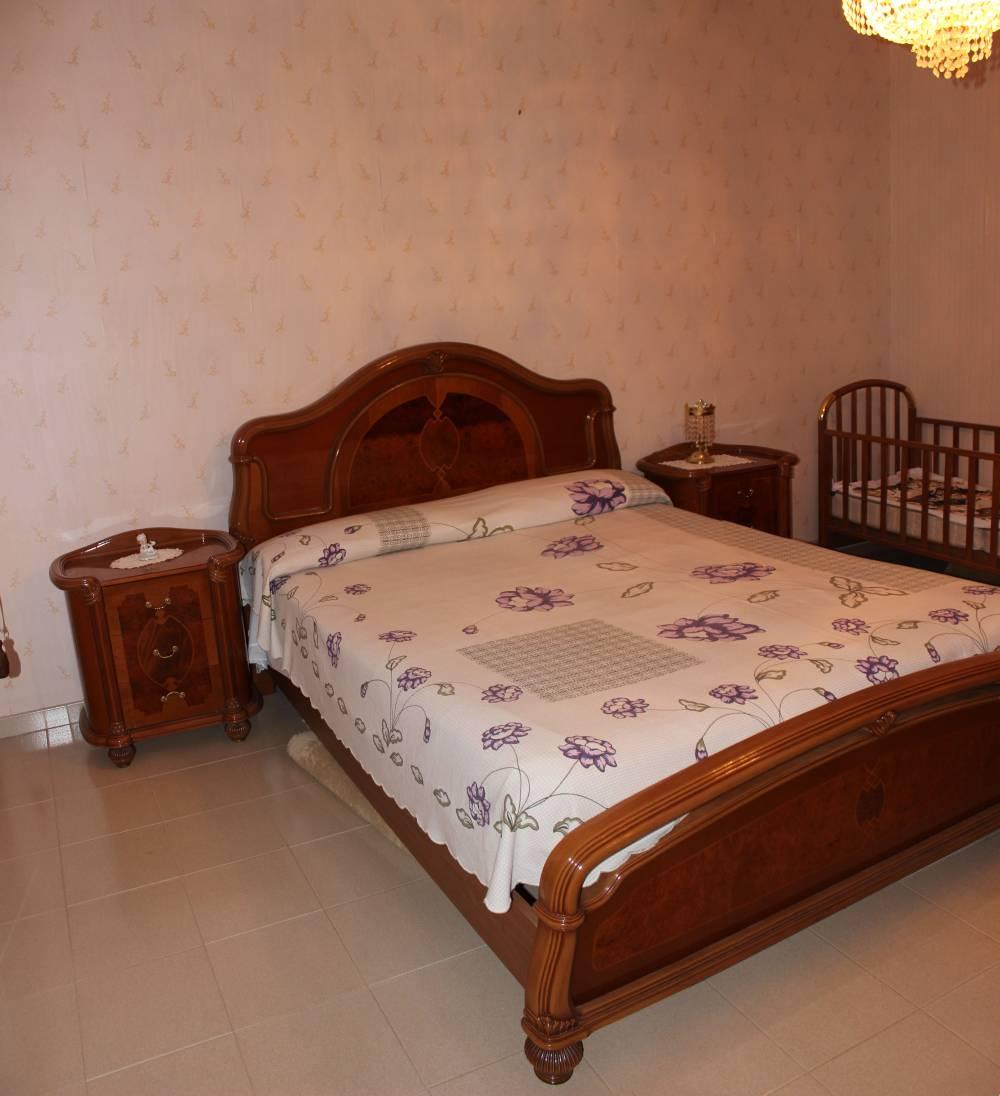 Foto n. 2 della camera da letto abitazione in vendita città di Rocca di Capri Leone - Sicilia