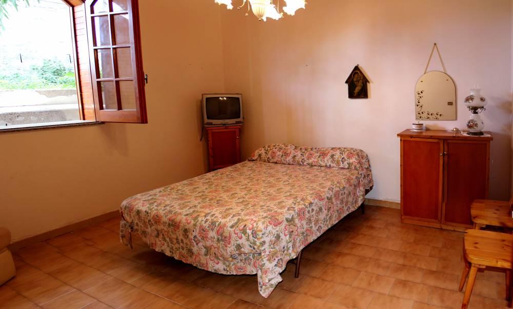 Camera da letto matrimoniale casa in vendita a marina di Caronia residence Torre del Lauro