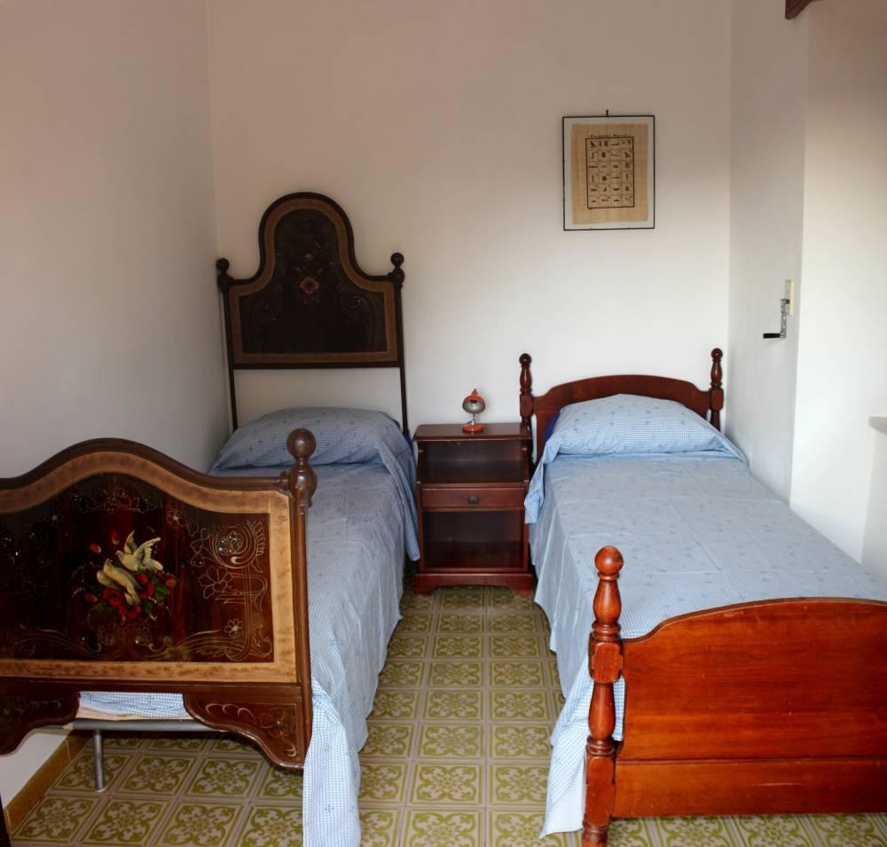 Camera da letto n. 3 (con 2 lettini)