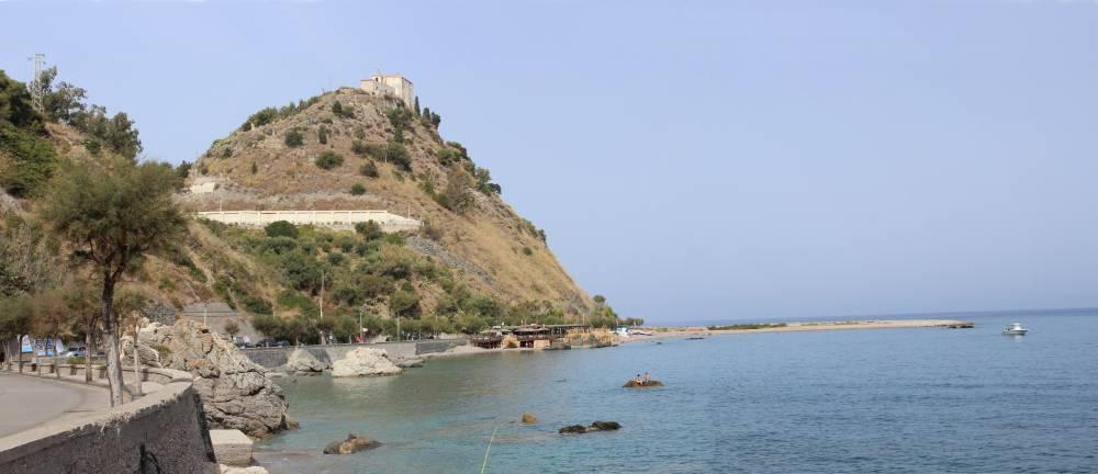 Il Monte della Madonna di Capo d´Orlando che domina su San Gregorio
