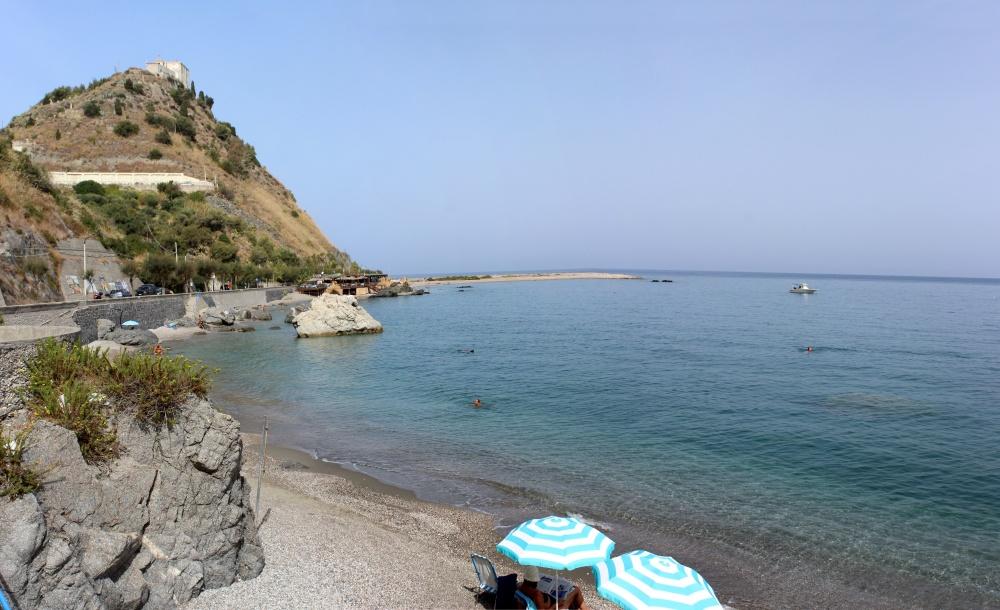 Foto 5 Spiaggia di San Gregorio - Casa Vacanza RC55 a Rocca di Capri Leone