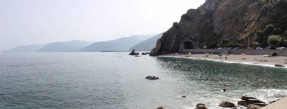 Particolare angolo della spiaggia di S. Gregorio - Capo d´Orlando