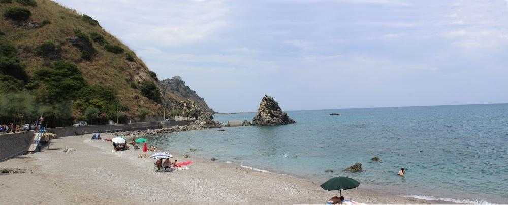 Spiaggia di San Gregorio - Casa Vacanza RC55 a Rocca di Capri Leone