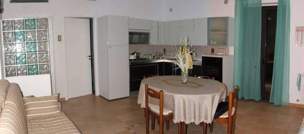 Soggiorno cucina - casa vacanza in vendita a Capo d'Orlando CD04C