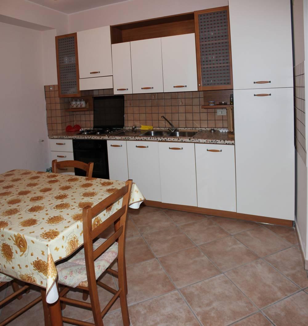 Foto 1 della cucina abitabile villa in vendita nel Comune di Mirto
