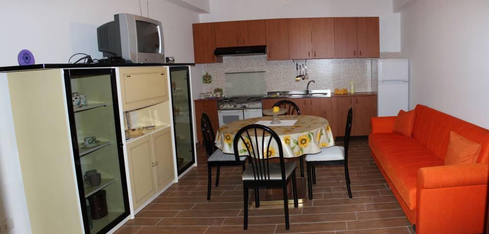 Soggiorno cucina - casa vacanza in vendita a Capo d'Orlando CD14VF