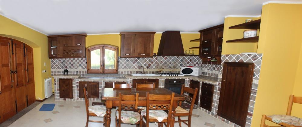 Foto n. 2 della cucina
