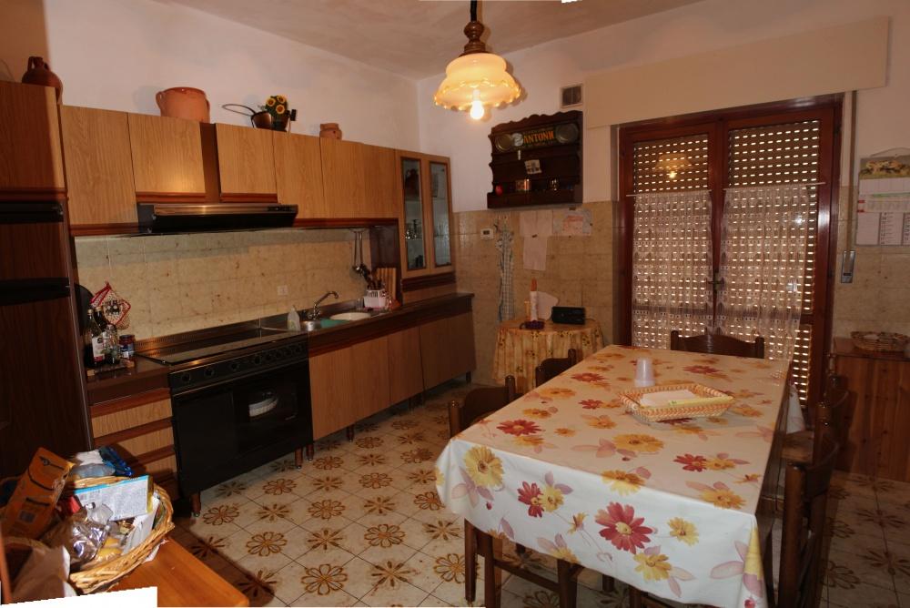 Cucina abitabile casa in vendita a Rocca di Capri Leone zona Via Industriale