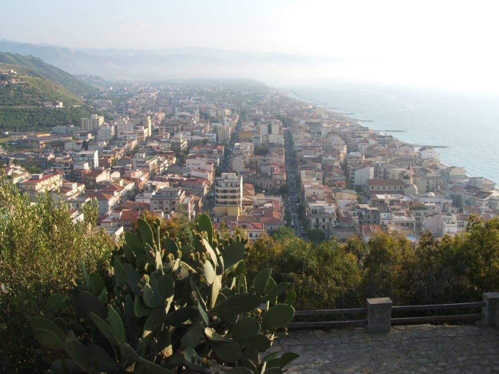 Panorama della città dal Monte della Madonna