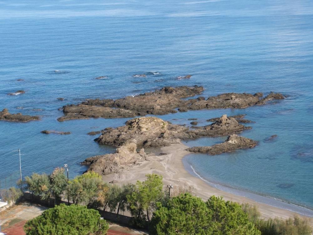 """Tratto della spiaggia di """"Testa di Monaco"""""""