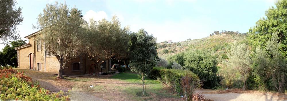 Esterno della Villa - Foto n. 2