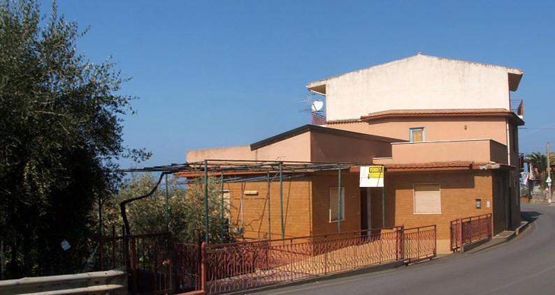 Foto Esterna - casa in vendita a Capo d'Orlando CD05VF