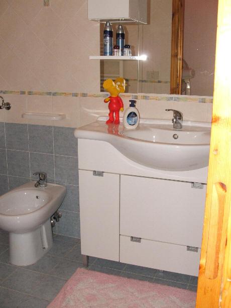 Foto n. 2 del Bagno n. 1 abitazione in vendita a Capo d'Orlando - Sicilia