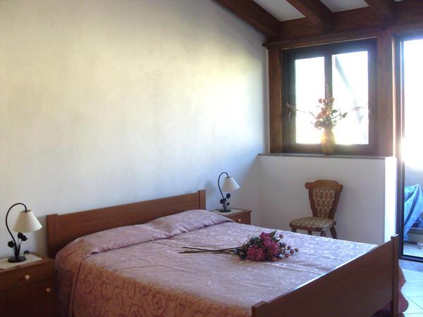 Foto 1 della camera da letto