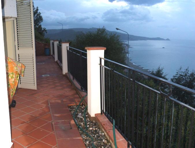 Terrazzo con vista mare abitazione in vendita a Gliaca di Piraino