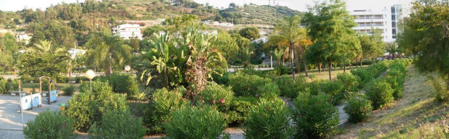 Foto n. 2 della attigua villa Bagnoli