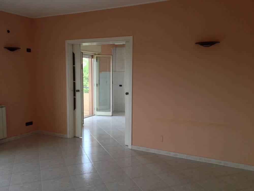 Camera dell'abitazione in vendita a Capo d'Orlando - Sicilia (Messina)