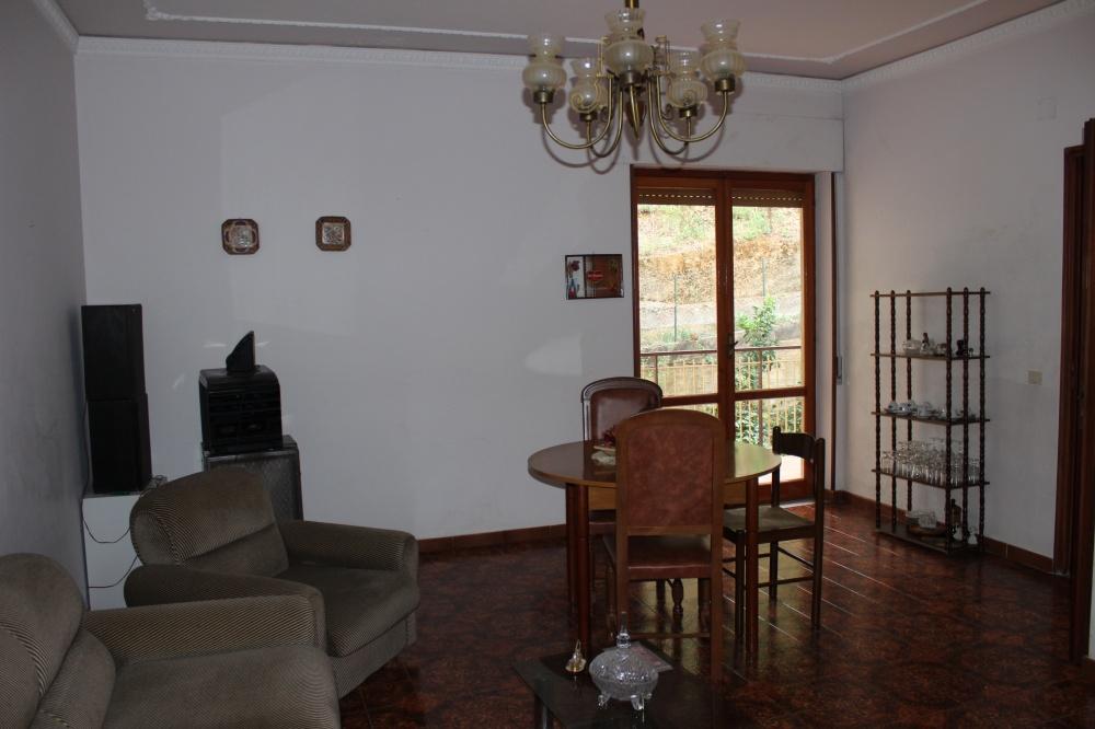 Soggiorno cucina - casa in vendita a Rocca di Capri Leone di fronte Irritec