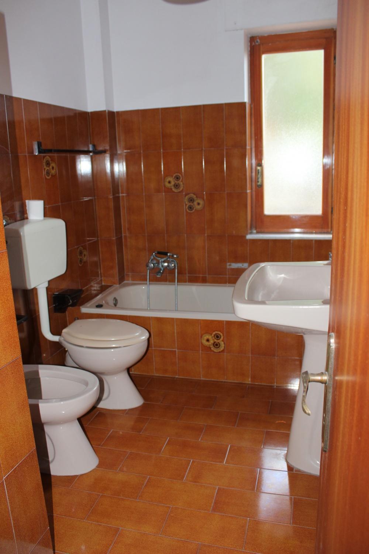 Secondo bagno - casa in vendita a Rocca di Capri Leone di fronte Irritec