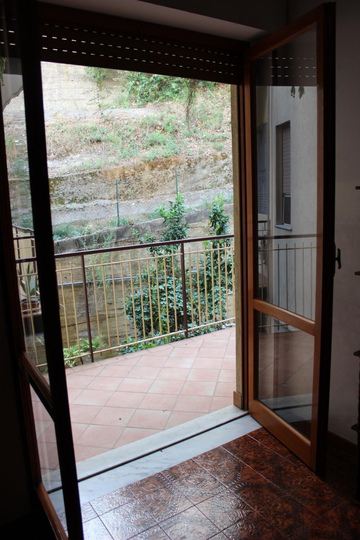 Balcone casa in vendita a Rocca di Capri Leone di fronte Irritec