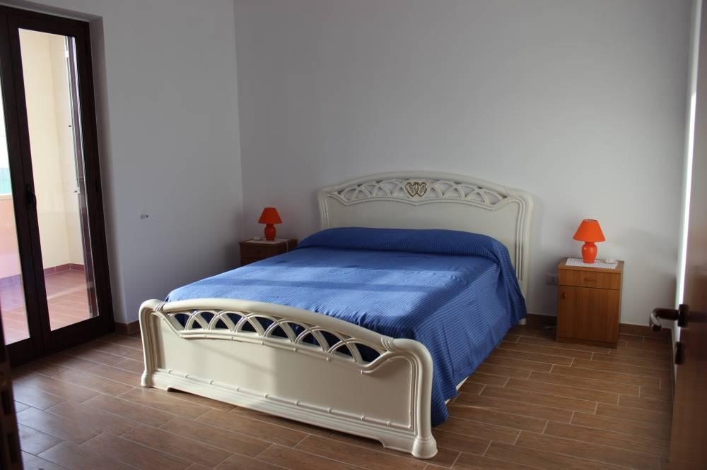 Camera da letto matrimoniale - casa vacanza in vendita a Capo d'Orlando CD14VF