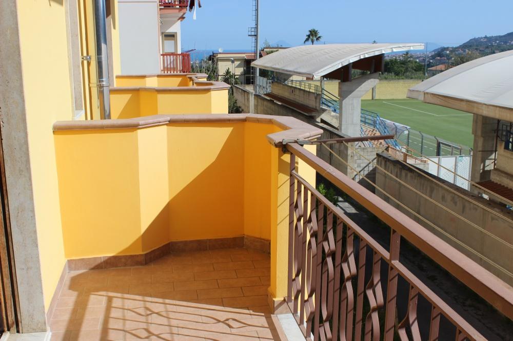Balcone n. 1 abitazione in vendita a Rocca di Capri Leone RC76VF