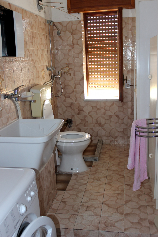 Bagno n. 1 abitazione in vendita a Rocca di Capri Leone RC76VF