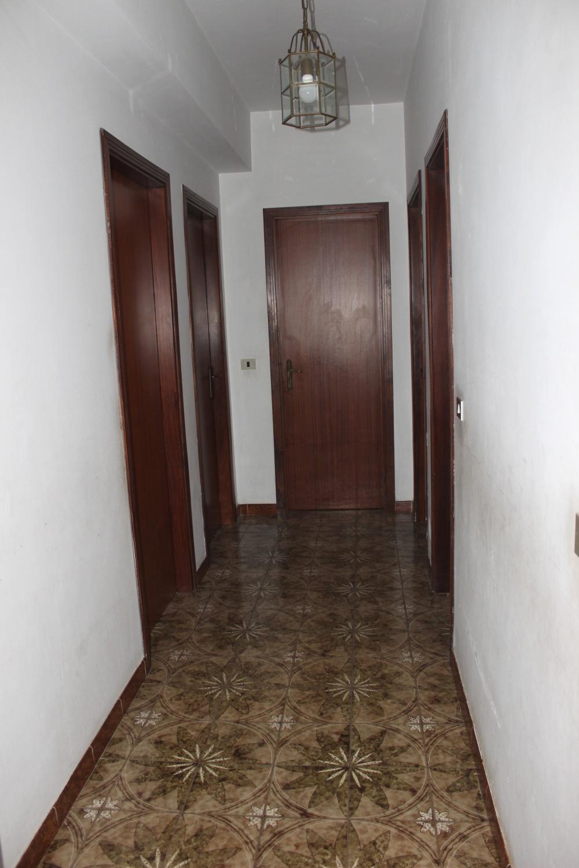 Foto n. 2 del corridoio abitazione in vendita a Rocca di Capri Leone RC76VF