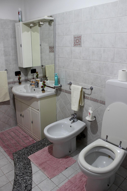 Foto 2 del bagno con doccia - Casa Vacanza RC55 a Rocca di Capri Leone