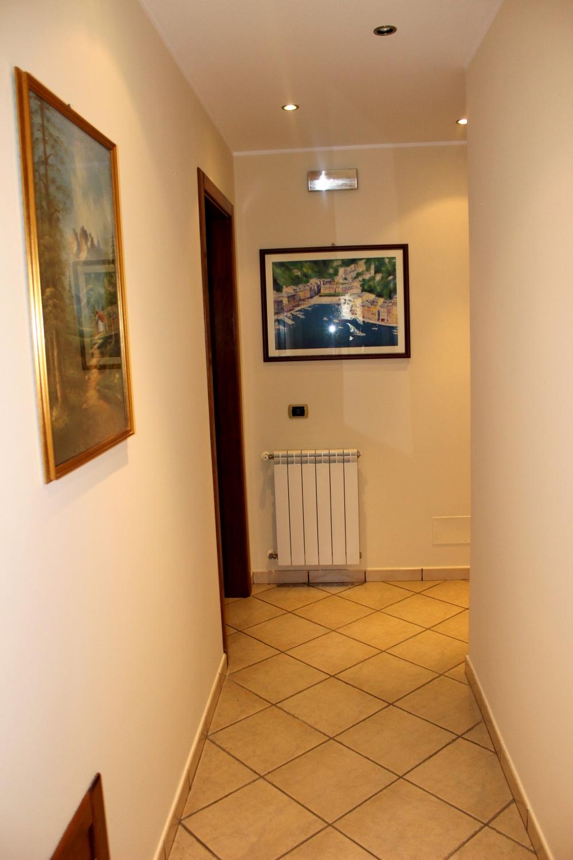 Corridoio - disimpegno - Casa Vacanza RC55 a Rocca di Capri Leone