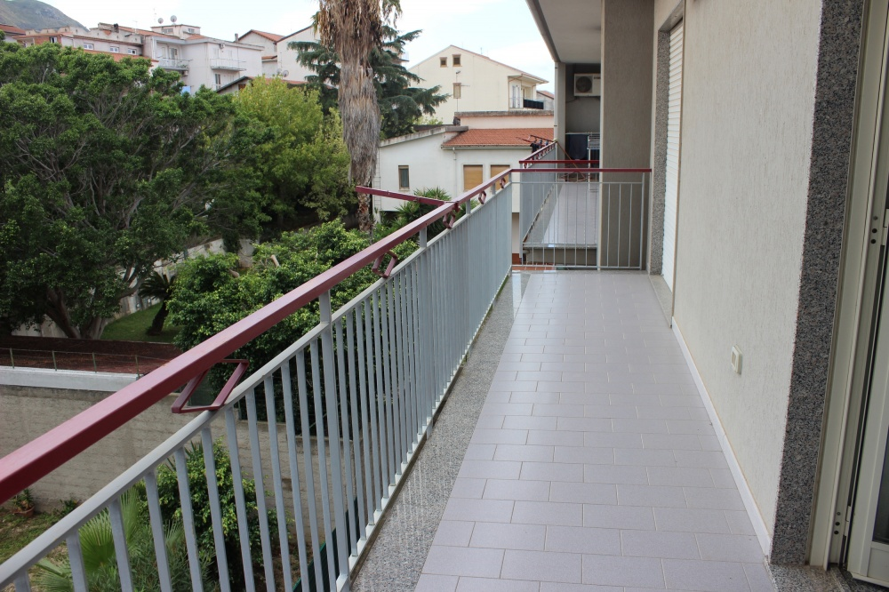 Balcone dell'appartamento Rif. RC78VF a Rocca di Capri Leone