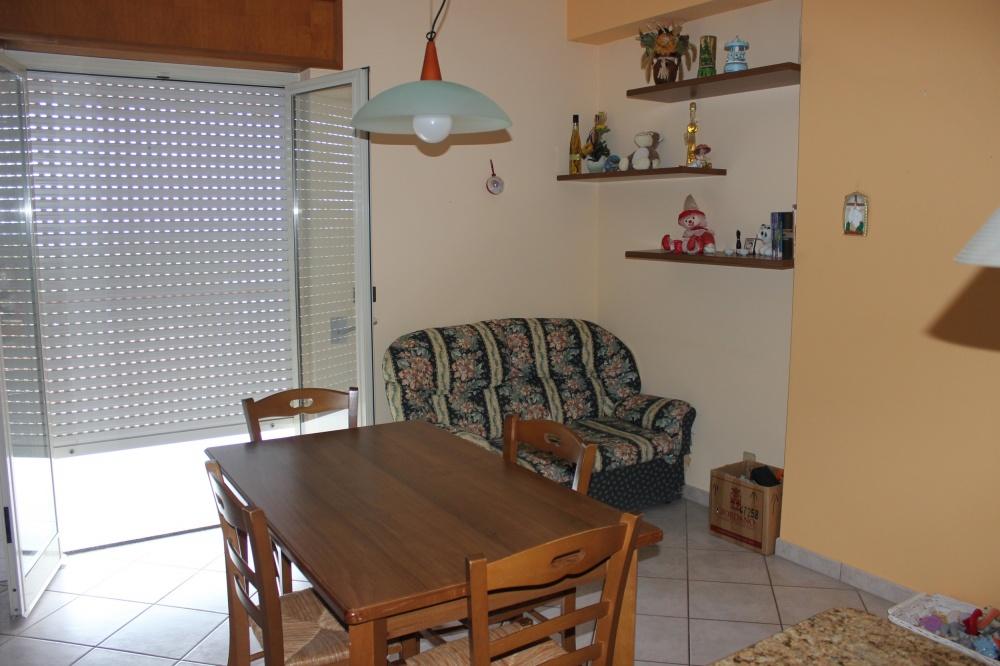 Foto 3 della Cucina dell'appartamento Rif. RC78VF a Rocca di Capri Leone