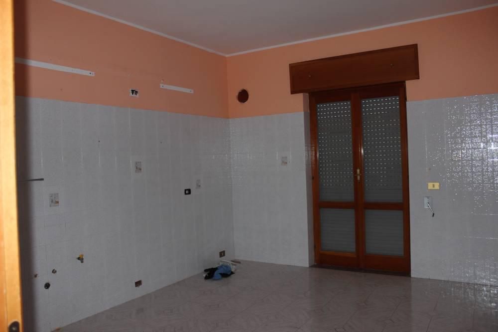 Cucina appartamento in vendita a Rocca di Capri Leone - Sicilia