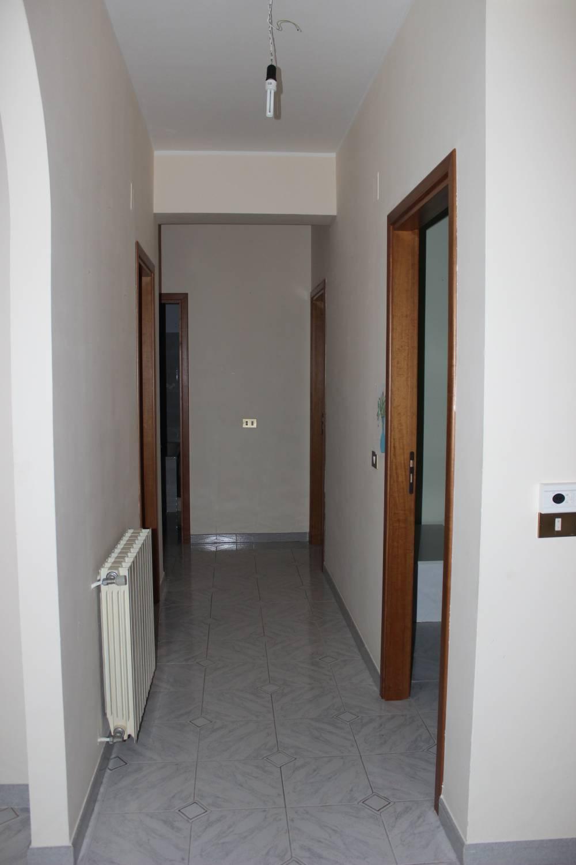 Disimpegno appartamento in vendita a Rocca di Capri Leone - Sicilia